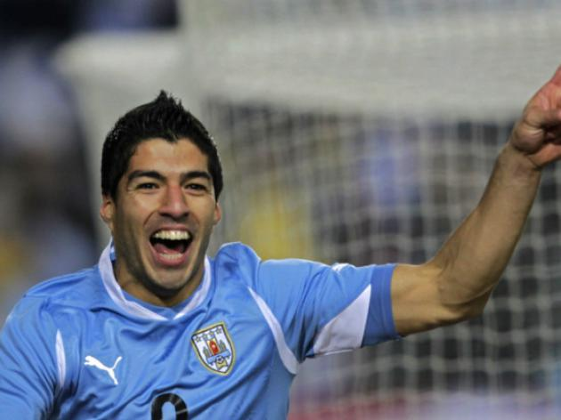 Suarez scores in Uruguay away win
