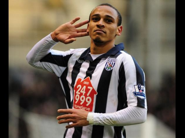 Roy Hodgson hopeful Peter Odemwingie will sign new West Brom deal