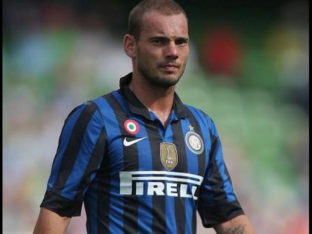 Sneijder: United move was close