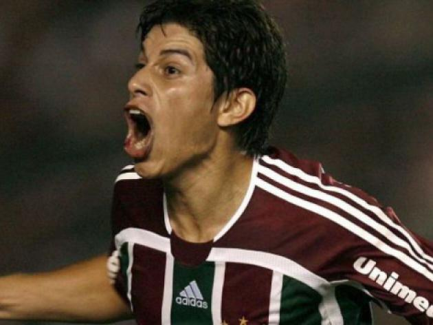 Fluminense re-sign China-based star Conca