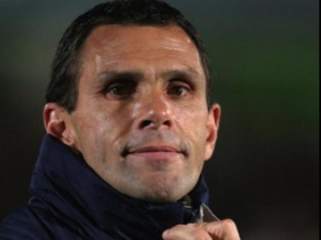 Poyet: Leeds are feeling the heat