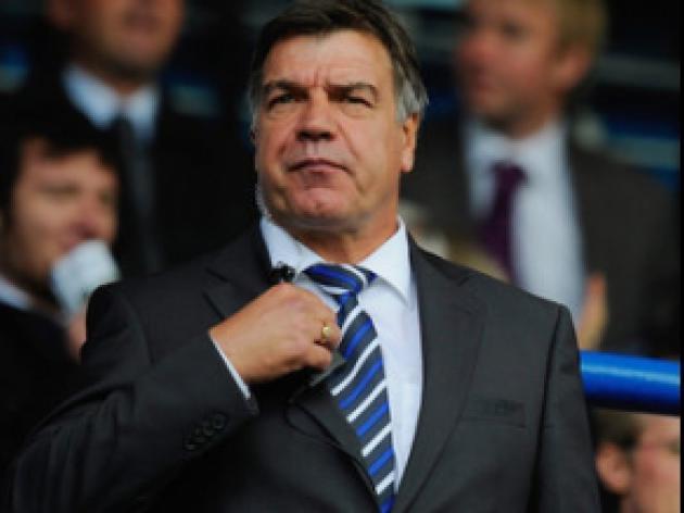 Penalty decision infuriates Allardyce