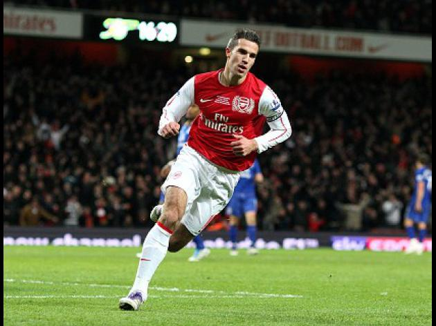 Van Persie wows with Gunners winner