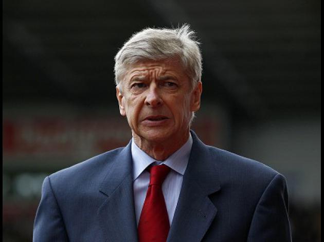Wenger irked by Van Persie questions