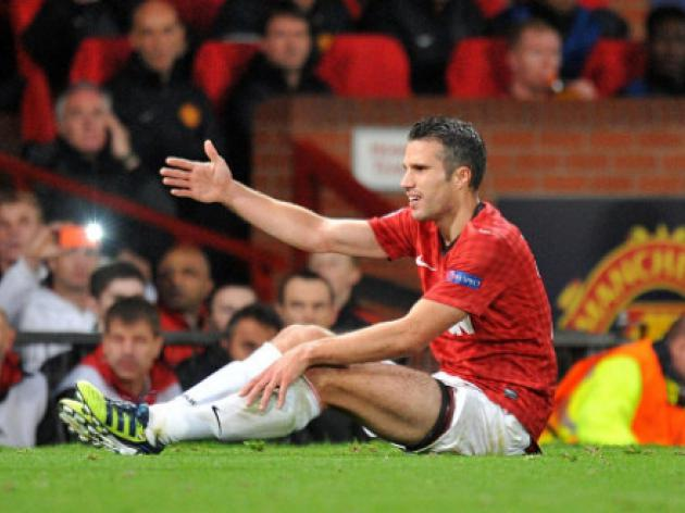 Wenger: Don't abuse Van Persie