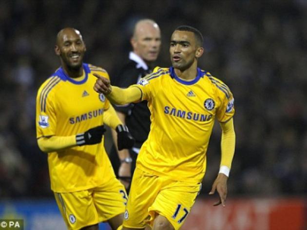 Bayern target Bosingwa as Barca hope to nab Chelsea target Zhirkov