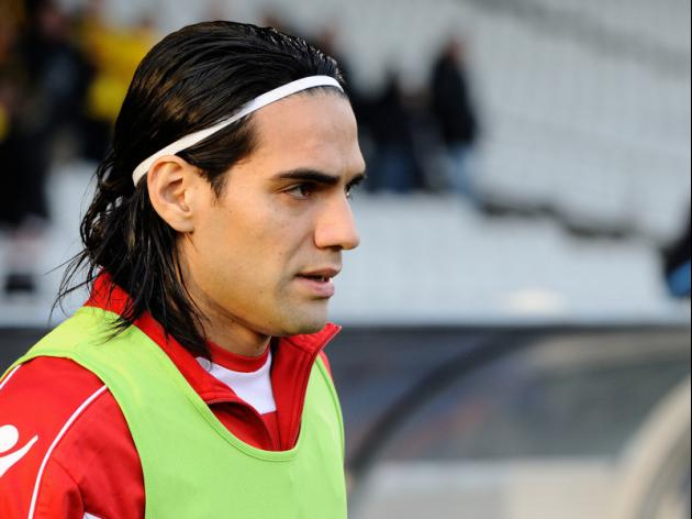 New Manchester United signing Falcao provides the Glitz but where is the Grit?
