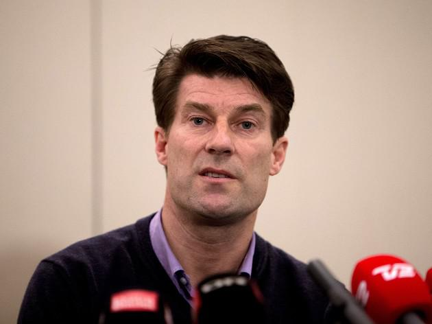 Laudrup angered by email U-turn