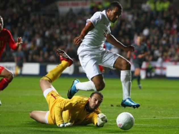 England U21 6 Macedonia U21 3: Carroll and Hines shine but Walcott limps off