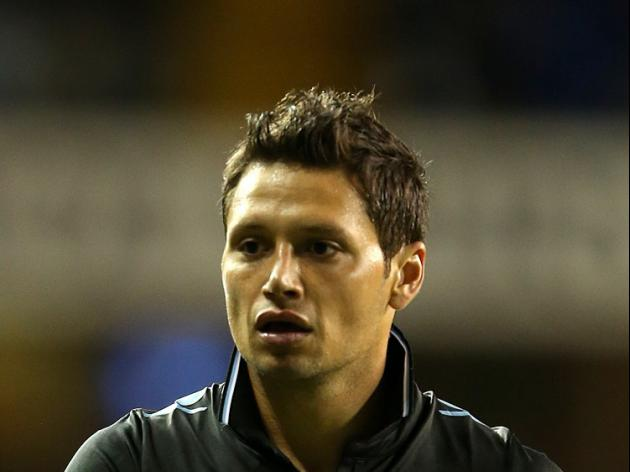 Hammers snap up Zarate