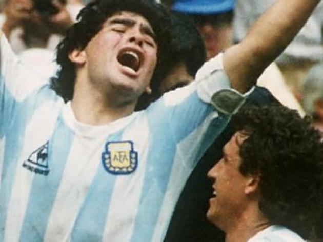 top 10 greatest football players of all time - 3 - Diego Maradona