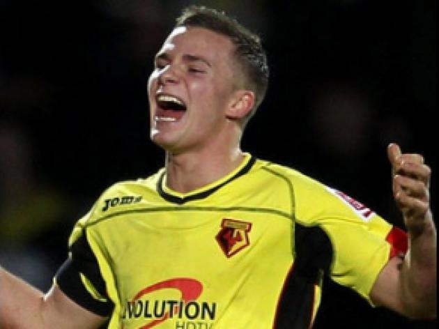 Hornets sweat on Cleverley fitness