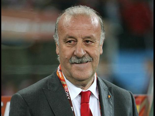 Don't write off England insists Del Bosque