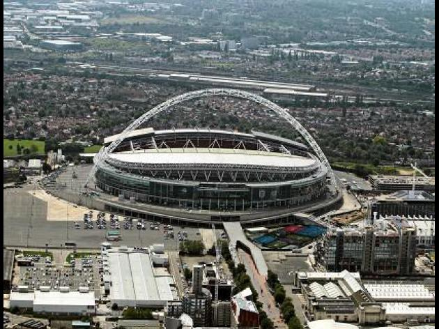 Capital One Cup Final - Bradford V Swansea at Wembley Stadium : LIVE