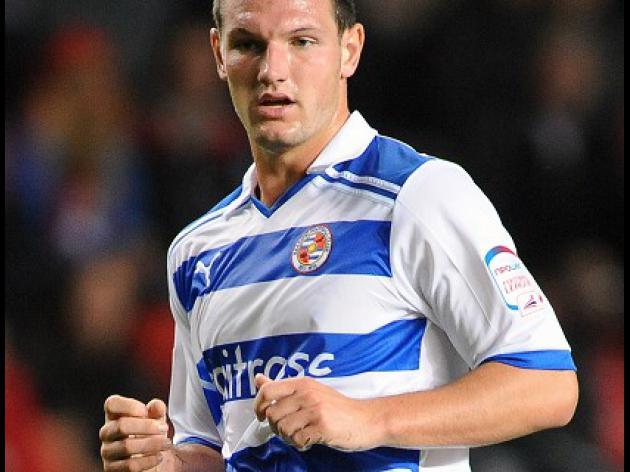Morrison extends Royals deal til 2016