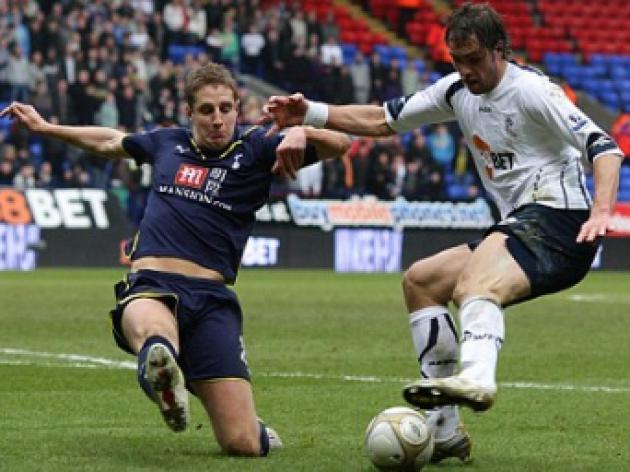 Bolton boss tells misfit Elmander: Relax and goals will start to flow