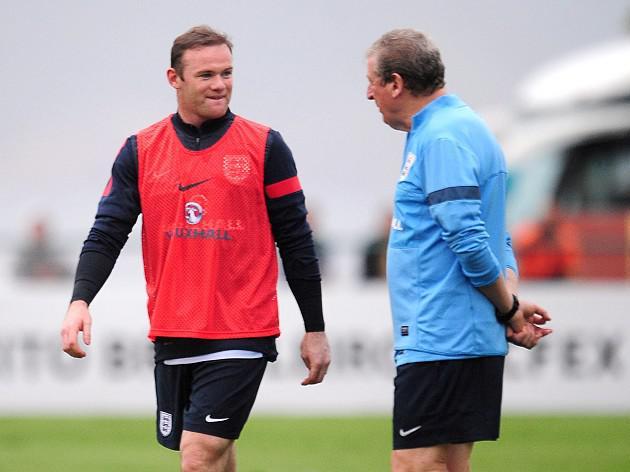 Hodgson earns Rooney praise
