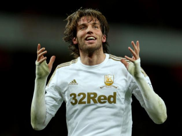Liverpool move for Swansea star Miguel Michu