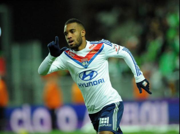 Timely boost for Lyon as Lacazette returns