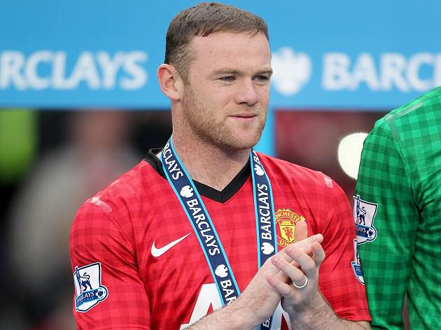 Manchester United's Wayne Rooney waits on Fergie's final team