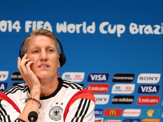 Schweinsteiger apologises for Dortmund slur