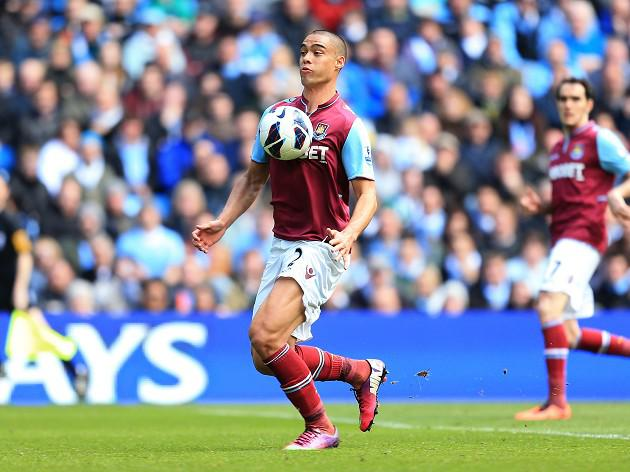 Winston Reid signs new deal at West Ham