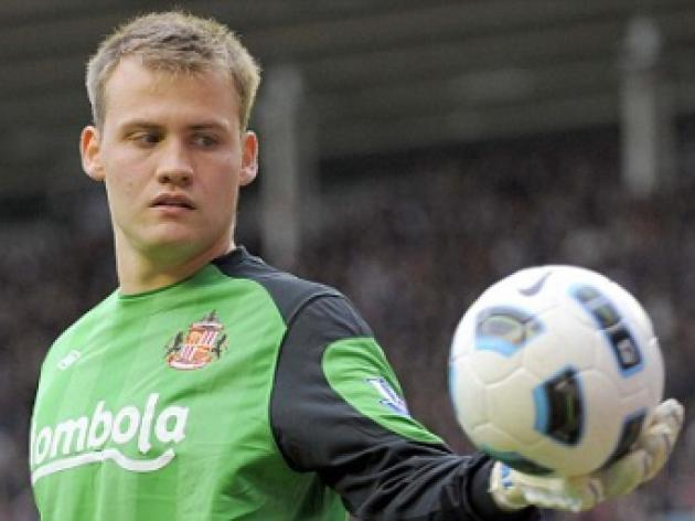 Crusty Sunderland keeper Simon Mignolet reveals: I'm fed-up eating nothing but pies
