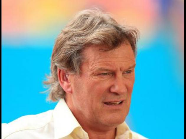Hoddle joins QPR backroom staff