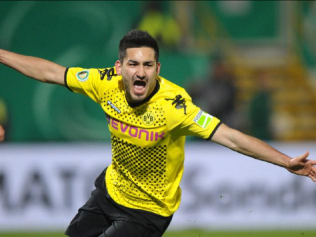 Should Manchester United line up a bid for Dortmund midfielder Ilkay Gundogan?
