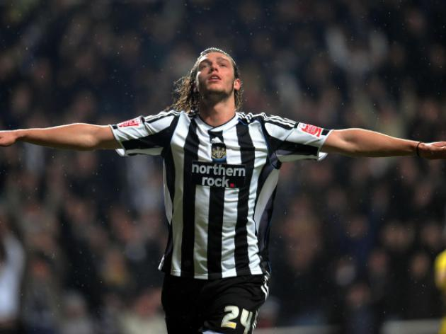 Pardew: Carroll wanted new Newcastle deal