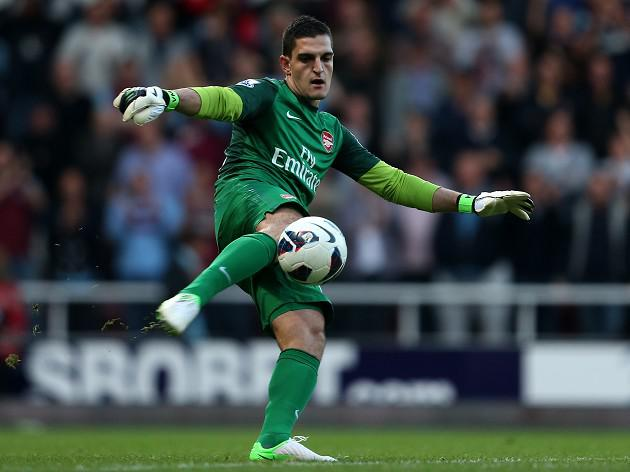 Mannone 'can learn from Di Canio'