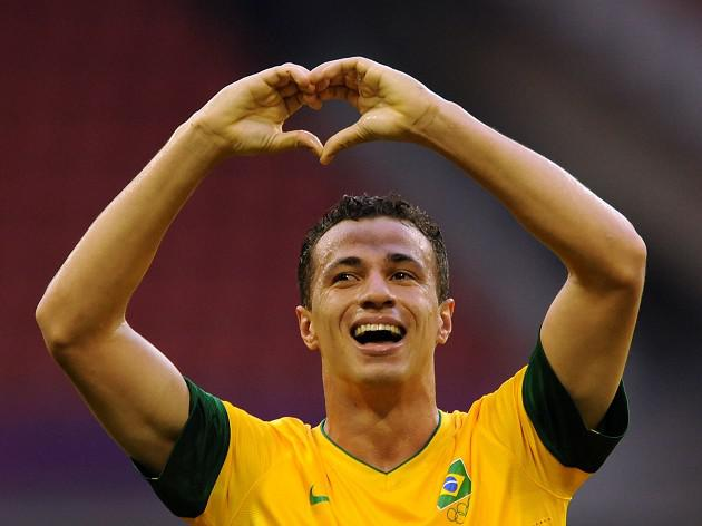 Tottenham boss Villas-Boas drops interest in Damiao