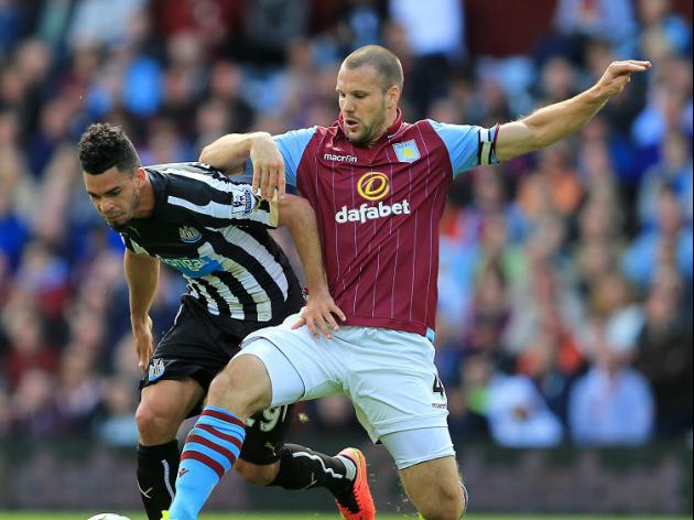 Aston Villa V Hull at Villa Park : LIVE