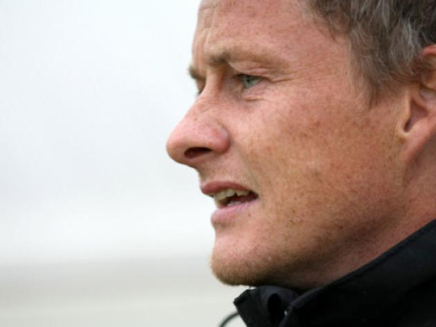 Cardiff City owner Tan to lure Solskjaer with 25 million war chest