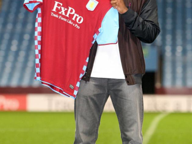 Aston Villa defend Bent transfer