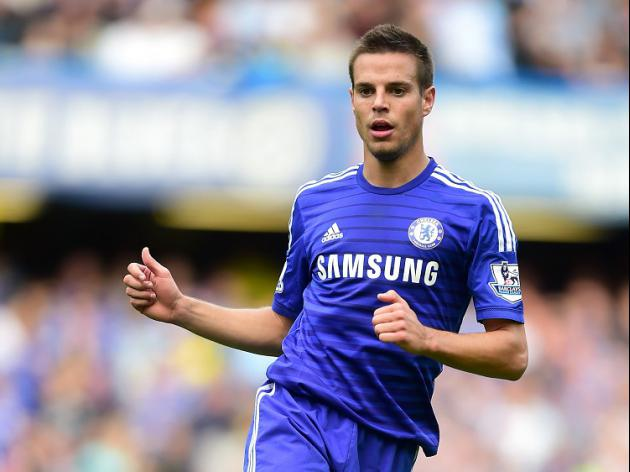 Azpilicueta extends Chelsea stay