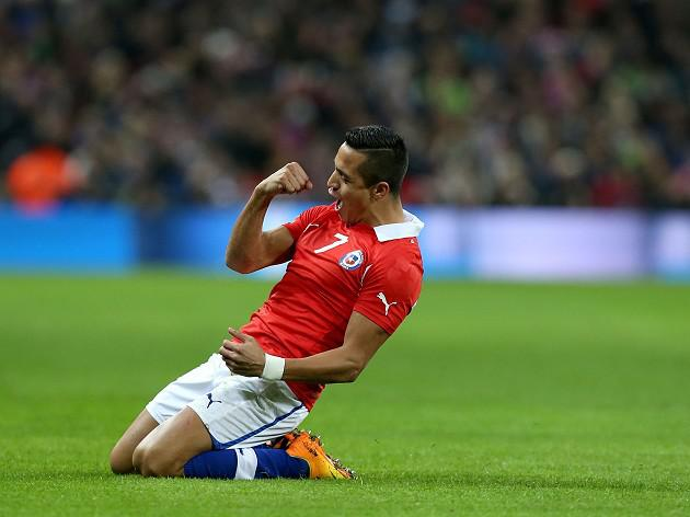 England booed as Chile ease to win