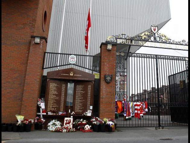 2,400 may face Hillsborough police probe