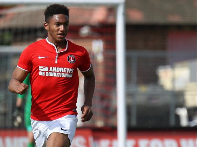 Newcastle and Everton chasing Charlton's England U17 star Joe Gomez