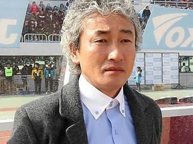 Former S. Korea football coach found dead