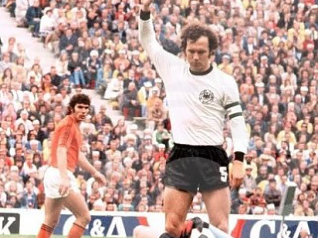 top 10 greatest football players of all time - 7 - Franz Beckenbauer