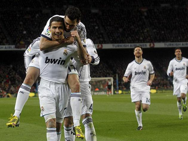 In form Real Madrid travel to Man United seeking win