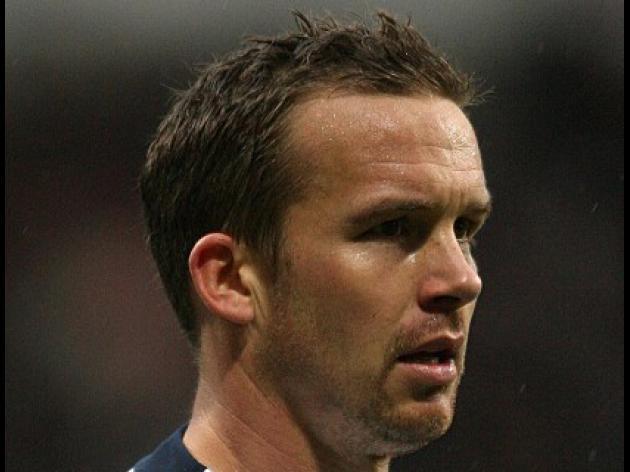 Davies dismayed by ref decision