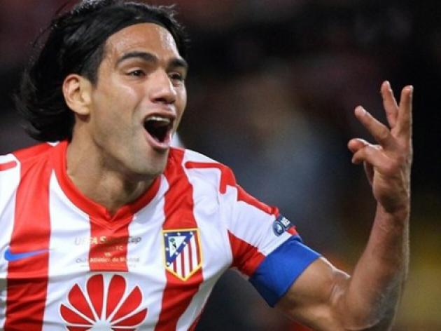 Chelsea should forget about Radamel Falcao