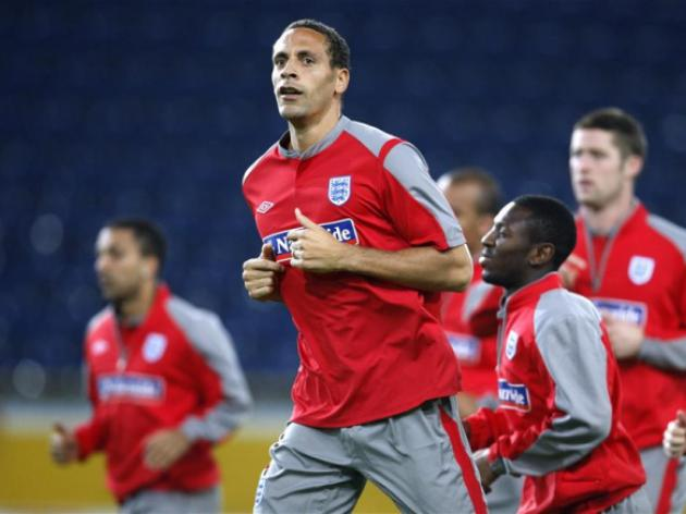 Ferdinand rejects World Cup injury fears