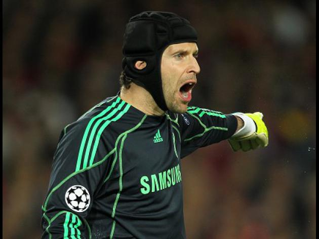 Chelsea keeper Petr Cech wants swift conclusion over Clattenburg