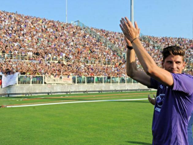 Germany striker Mario Gomez back for Fiorentina