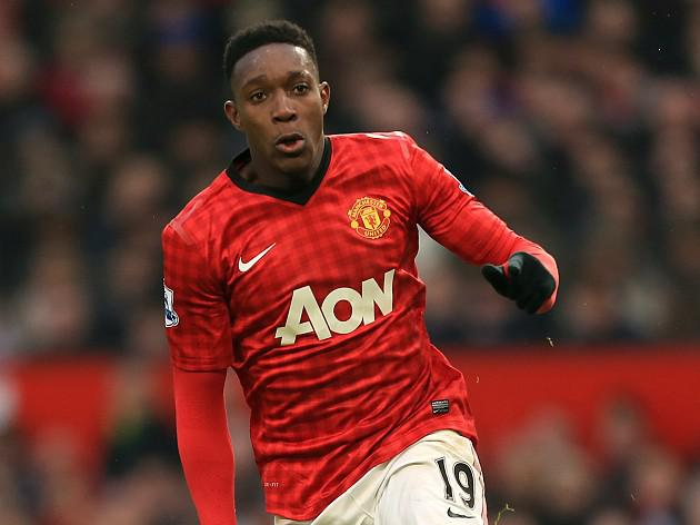 Welbeck and Walker miss training