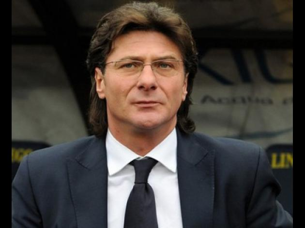 Napoli still have to improve, says Mazzarri