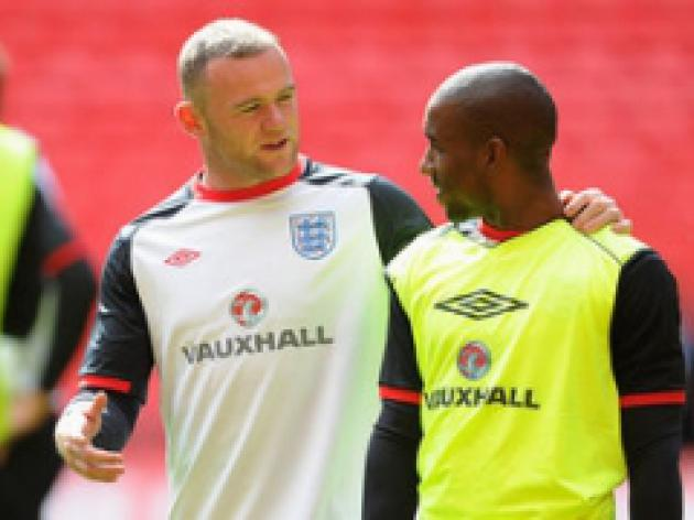 Defoe: I can replace Rooney